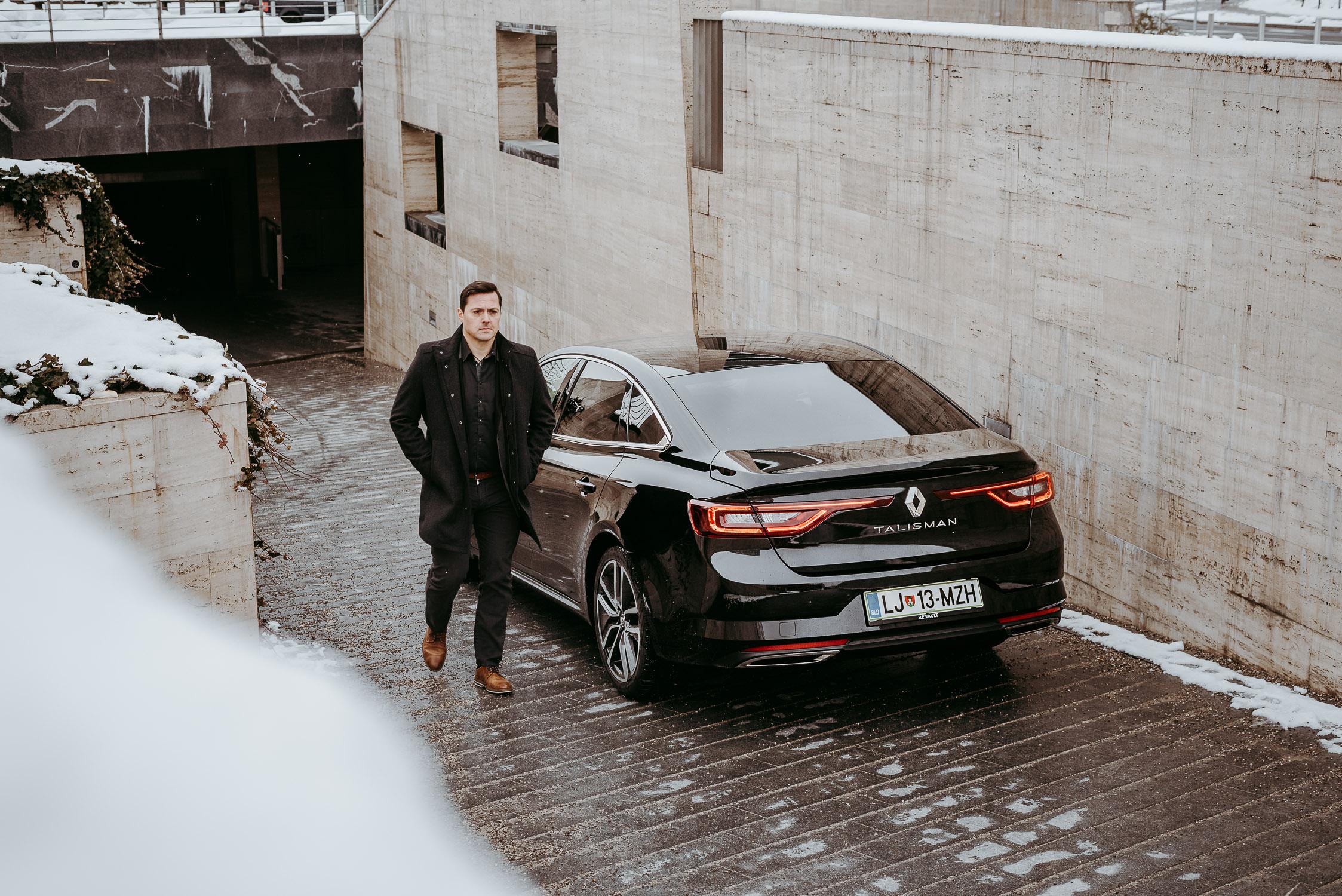 20180222 Tomi Češek Zebra Patisseries Renault Talisman City Magazine TK 11