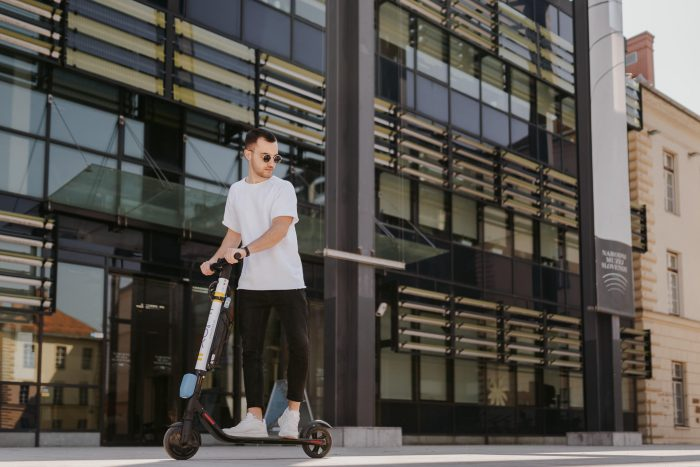 FLOX skiroji scooter komercialni fotograf ljubljana slovenija elektricni skiro 11