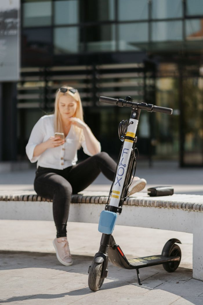 FLOX skiroji scooter komercialni fotograf ljubljana slovenija elektricni skiro 3