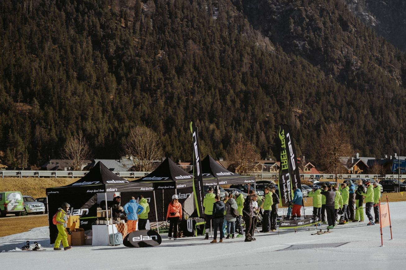 09 elan skis Svete Višarje skibus Monte Lussari skiing photographer