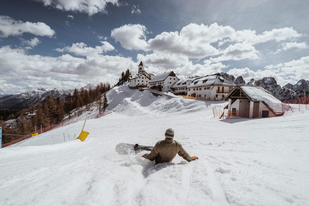 32 Svete Višarje Monte Lussari fotograf na snegu fotograf za smučanje